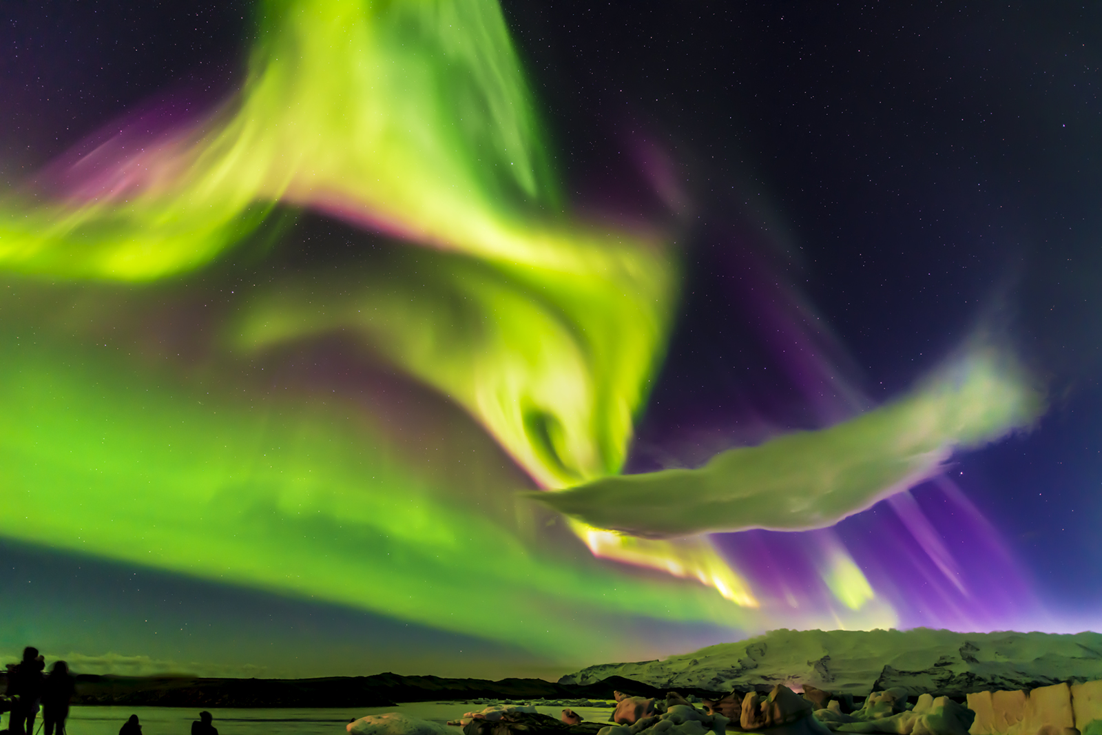 Aurora Borealis captured in Jokulsarlon, Iceland by Robert Rotella